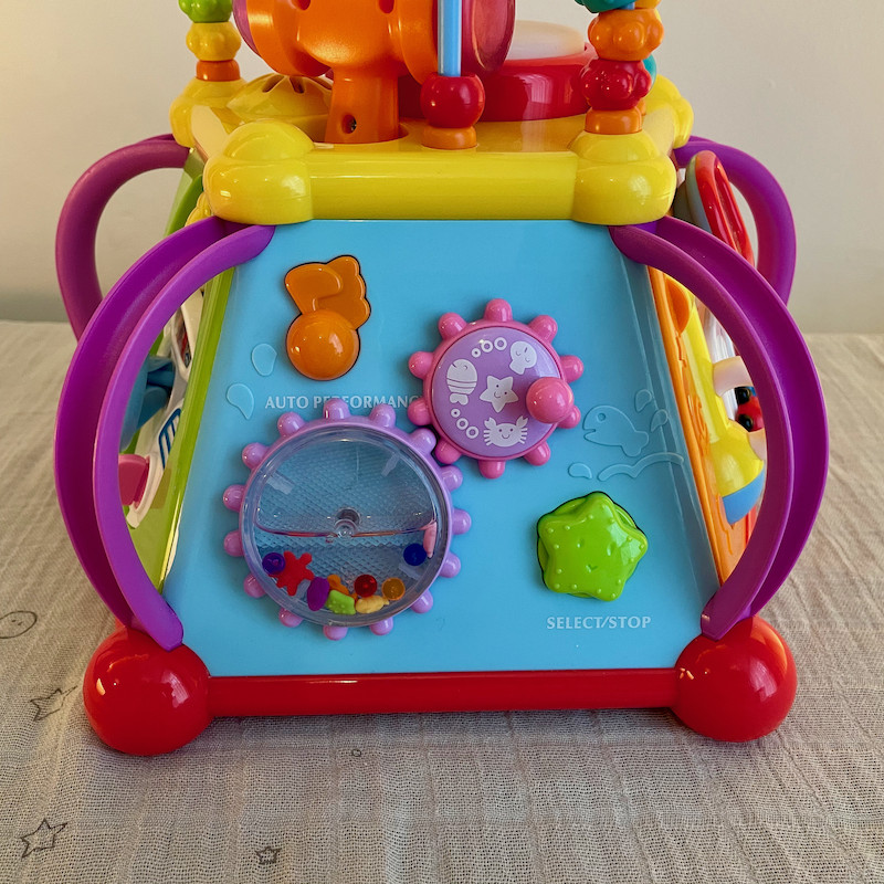 Hoodle Activity Toy Side 3