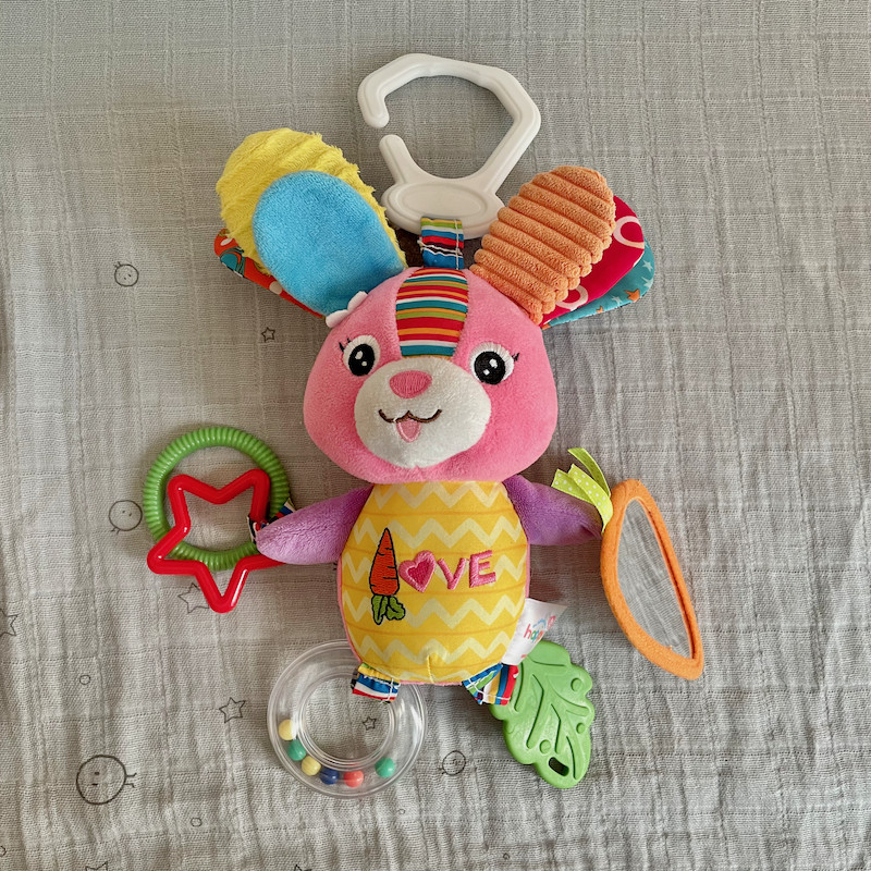Dreamsdox soft rabbit toy rattle teether