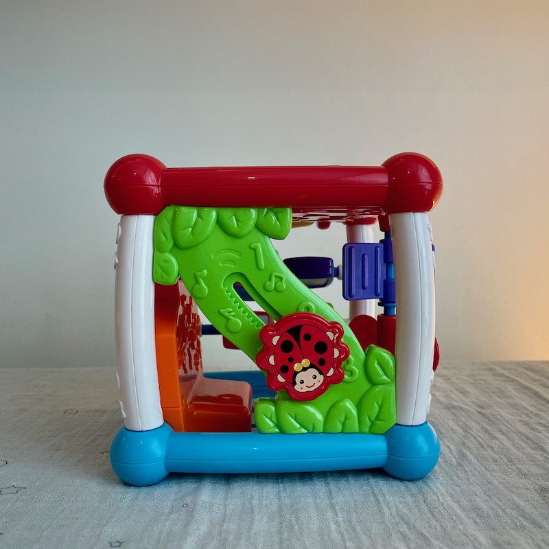 Vtech Turn and Learn Cube Side 2