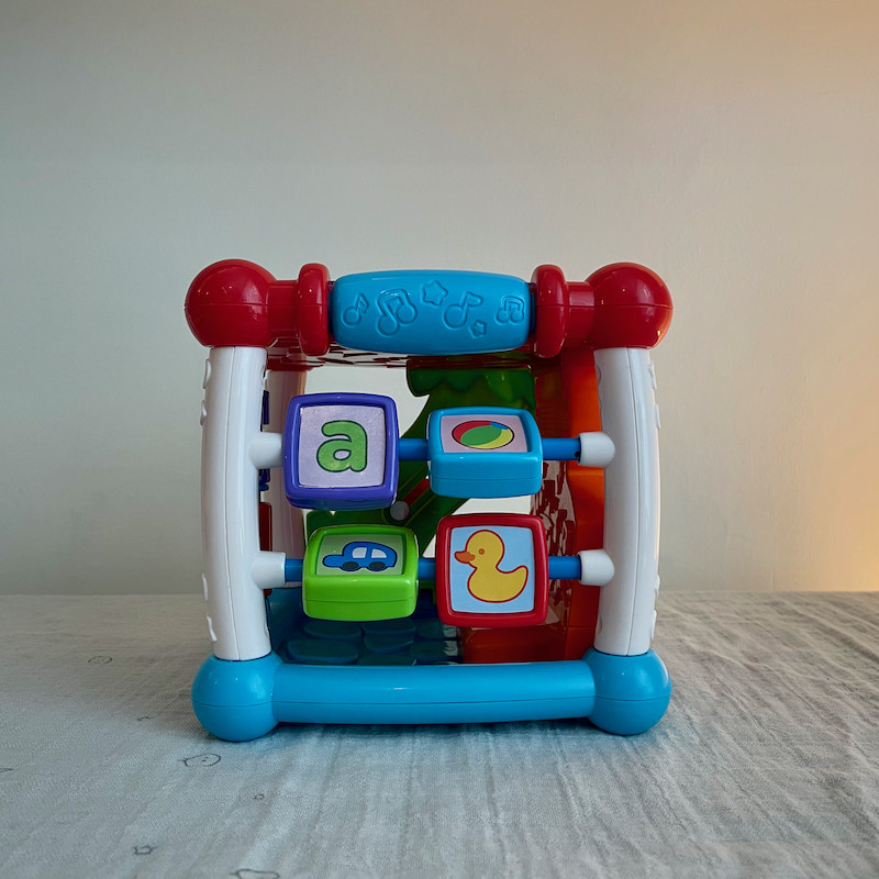 Vtech Turn and Learn Cube Side 4