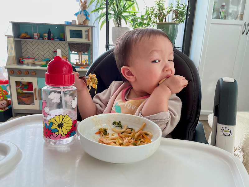 Boy-eating-ketchup-udon-with-a-fork-part-3
