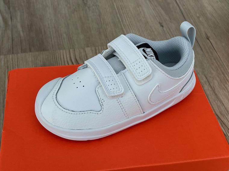 Nike Pico 5 white close up